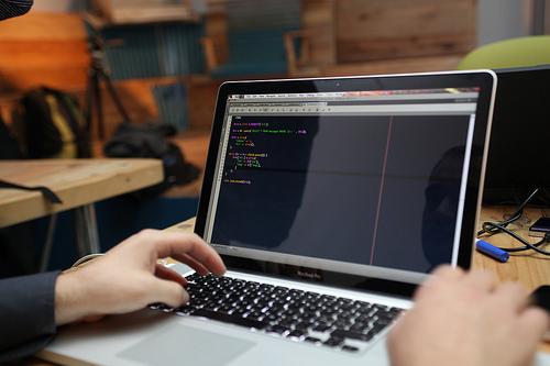 Dezvoltare aplicaţii web